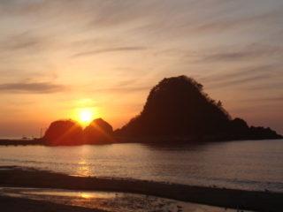 由良の夕日