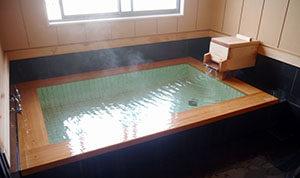 ひのき風呂(全体)